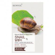 Тканевая маска с муцином улитки EUNYUL Natural moisture mask pack snail 23мл